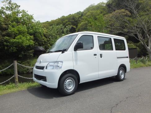 トヨタ タウンエース・ライトエースバン (DBF-S402M)